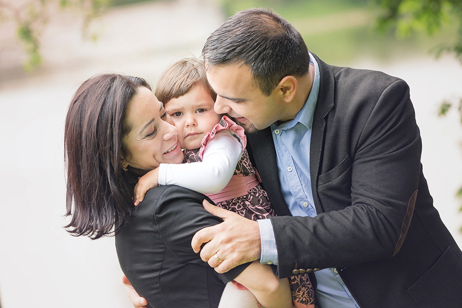 Oana, Nicu & Natalia, sedinta foto familie...